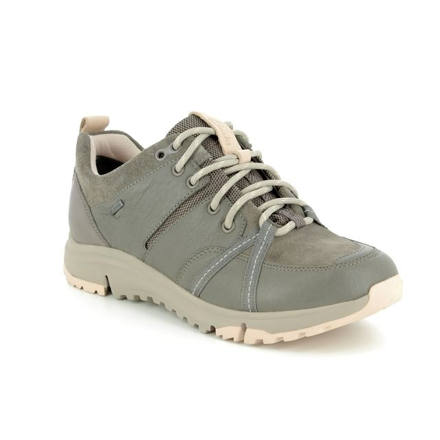 Clarks Tri Trek Gtx Lo D Fit Khaki Nubuck Walking Shoes