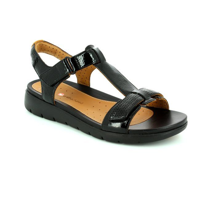 Clarks Sandals - Black patent - 2607/94D UN HAYWOOD