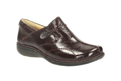 Clarks Un Loop D Fit Wine patent comfort shoes