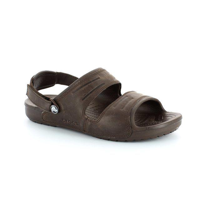 Crocs Yukon Sandal 14325-2L3 Dark Brown shoes