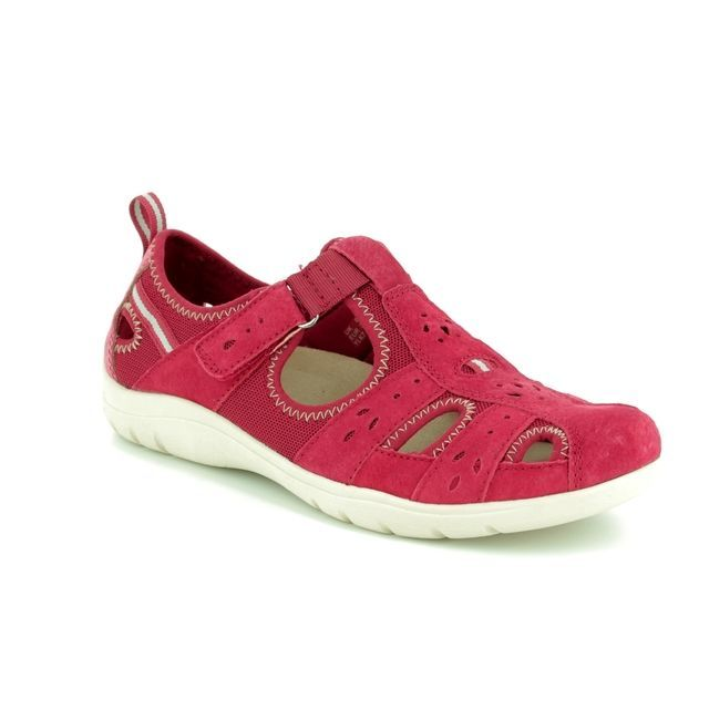 Earth Spirit Cleveland 28050-80 Red Closed Toe Sandals