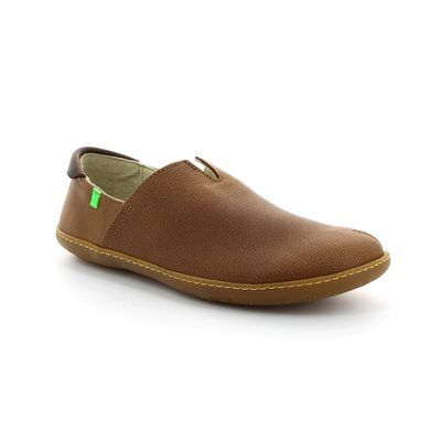 El Naturalista El Viajero N 00275-20 Brown lacing shoes