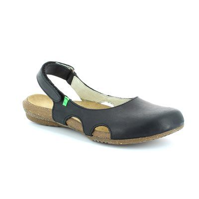 El Naturalista Wakataua N413 N413 -30 Black comfort shoes