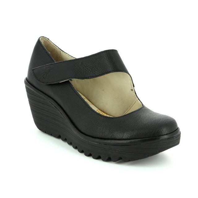 Fly London Comfort Shoes - Black - P500682 YASI 682