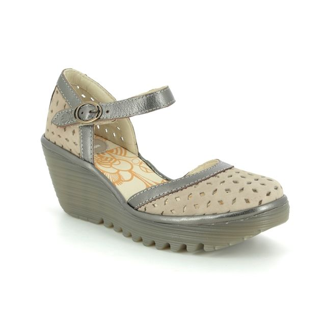Fly London Yven P501029-014 Taupe leather Wedge Shoes