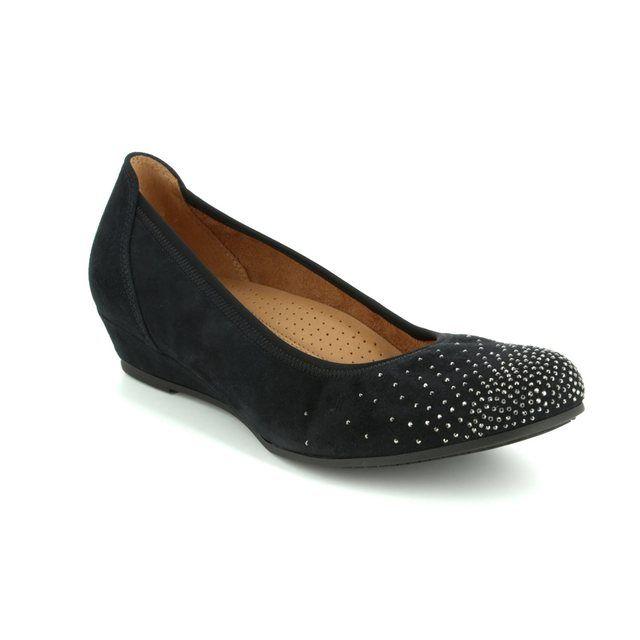 e5c1cdefbe9 Gabor Fodder 25.369.17 Black nubuck Wedge Shoes