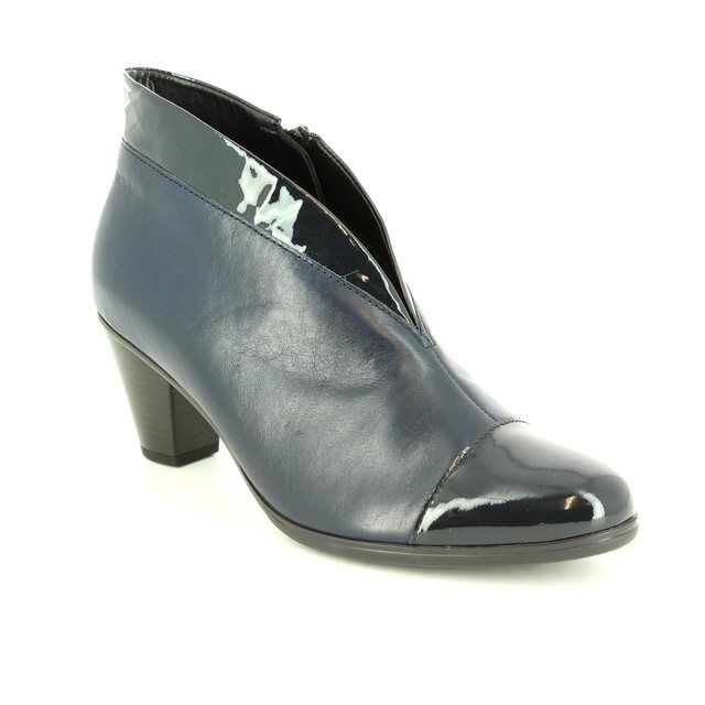 Gabor Enfield Toola 55.616.96 Navy patent ankle boots