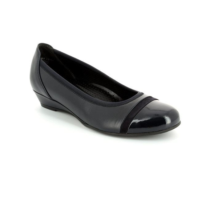 Gabor Prompt 42.692.56 Navy patent pumps
