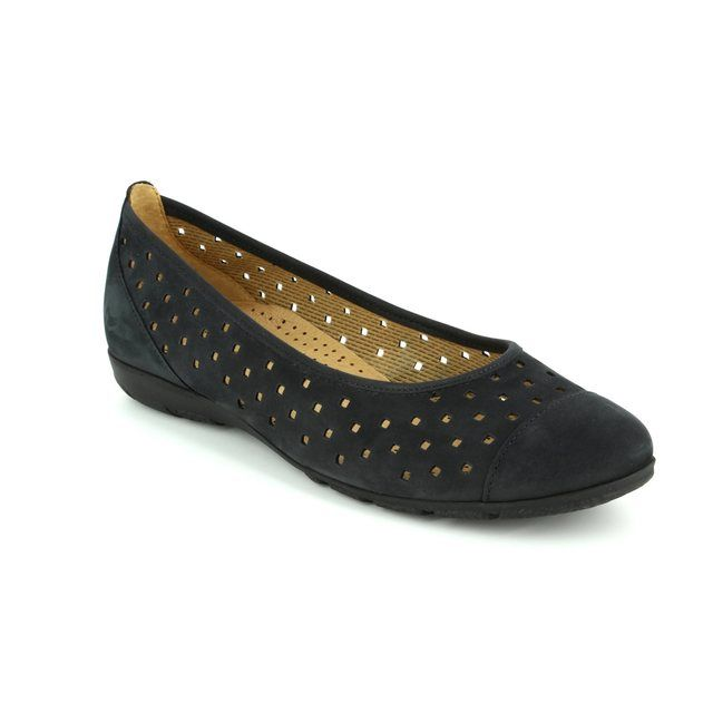 Gabor Ruffle 64.169.16 Navy nubuck heeled shoes
