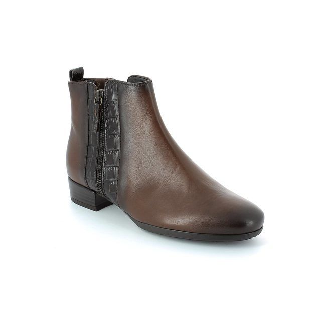 Gabor Rundle 32.713.62 Dark Tan ankle boots