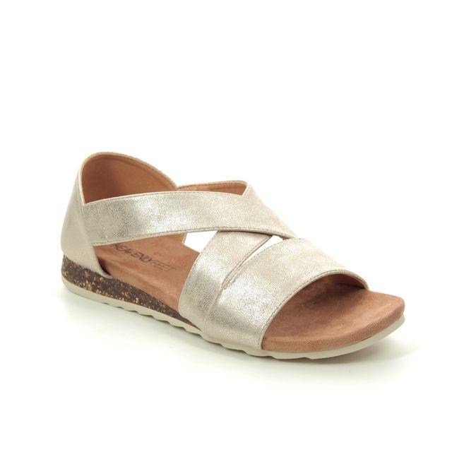 Heavenly Feet Estelle 0101-26 Gold Flat Sandals