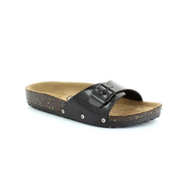 Heavenly Feet Sandy 4014-30 Black patent sandals