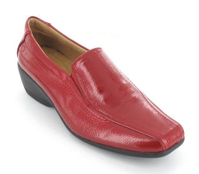 Heavenly Feet Sierra 2 3252-08 Red patent lacing shoes