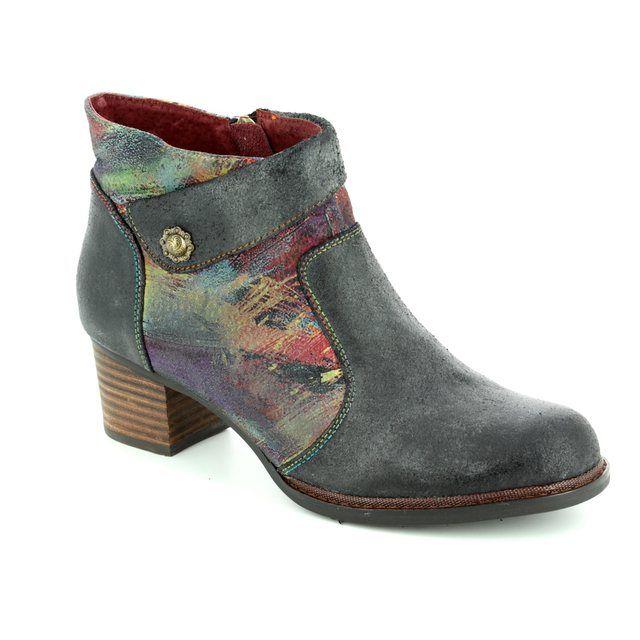 Laura Vita Ankle Boots - Black - 3002/30 ALEXIA 13