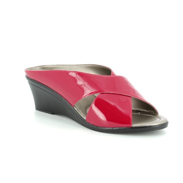 Lotus Wedge Sandals - Red patent - 20059/80 TRINO