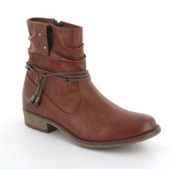Mustang 1167509-300 Tan ankle boots