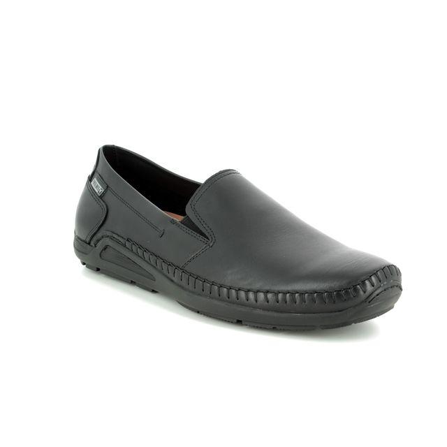 Pikolinos Slip-on Shoes - Black leather - 06H5303/30 AZOR