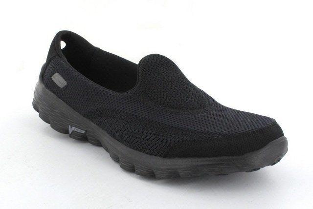 Skechers Go Walk 2 13590 BBK Black trainers