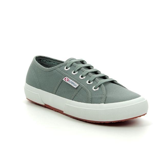 2750 COTU Grey Sage S000010