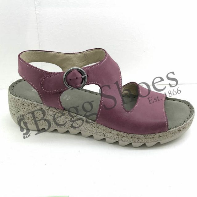 Walk in the City Wedge Sandals - Violet - 9371/36170 TRAMBA