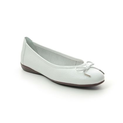 Begg Shoes Pumps - WHITE LEATHER - M6536/66 GAMBI