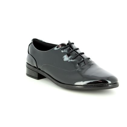 Clarks Girls Shoes - Black patent - 3492/06F DREW STAR