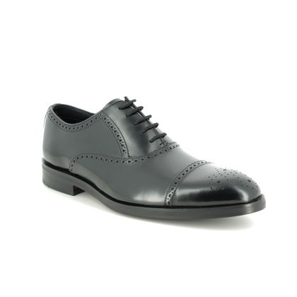 Clarks Brogues - Black leather - 436467G OLIVER LIMIT
