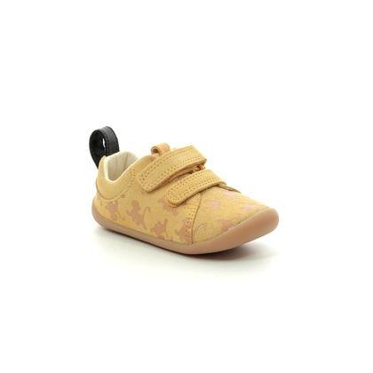 Clarks 1st Shoes & Prewalkers - Yellow Suede - 455437G LION KING ROAMER WILD T DISNEY
