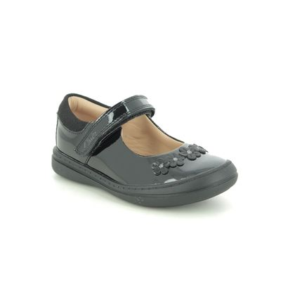Clarks Girls Shoes - Black patent - 527306F SCOOTER JUMP T