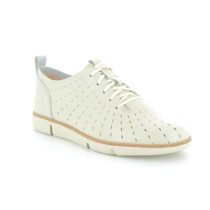 Clarks Trainers - White - 3252/94D TRI ETCH