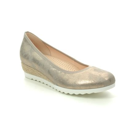 Gabor Wedge Shoes  - Gold Metallic - 42.641.95 EPWORTH
