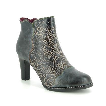 Laura Vita Boots - Ankle - Black - 9502/32 ALCBANEO 19