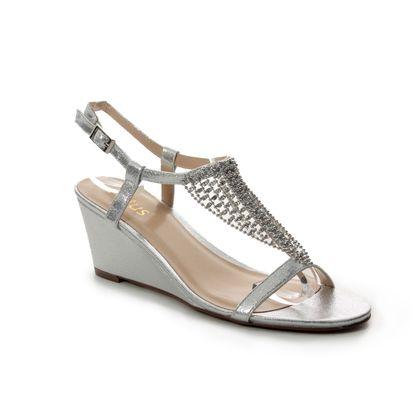 Lotus Heeled Sandals - Silver - ULS069/01 KASSIDY