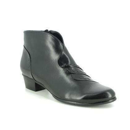 Regarde le Ciel Boots - Ankle - Black leather - 0335/003 STEFANY 335