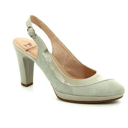 Wonders Heeled Shoes - Beige patent-suede - M1021/50 SWING