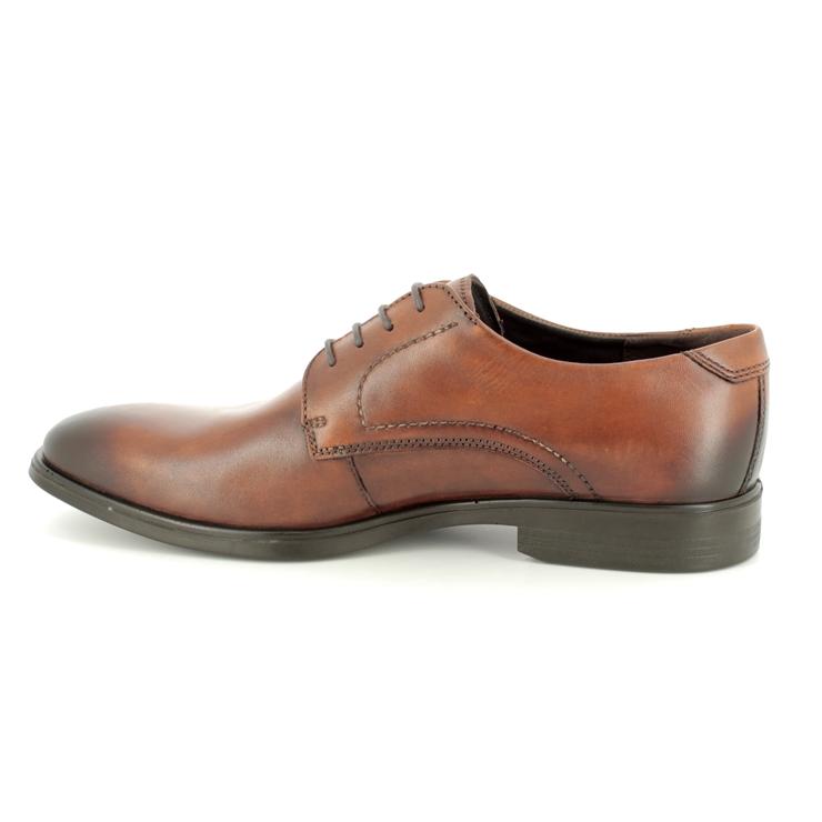 Clarks Shoes Leven