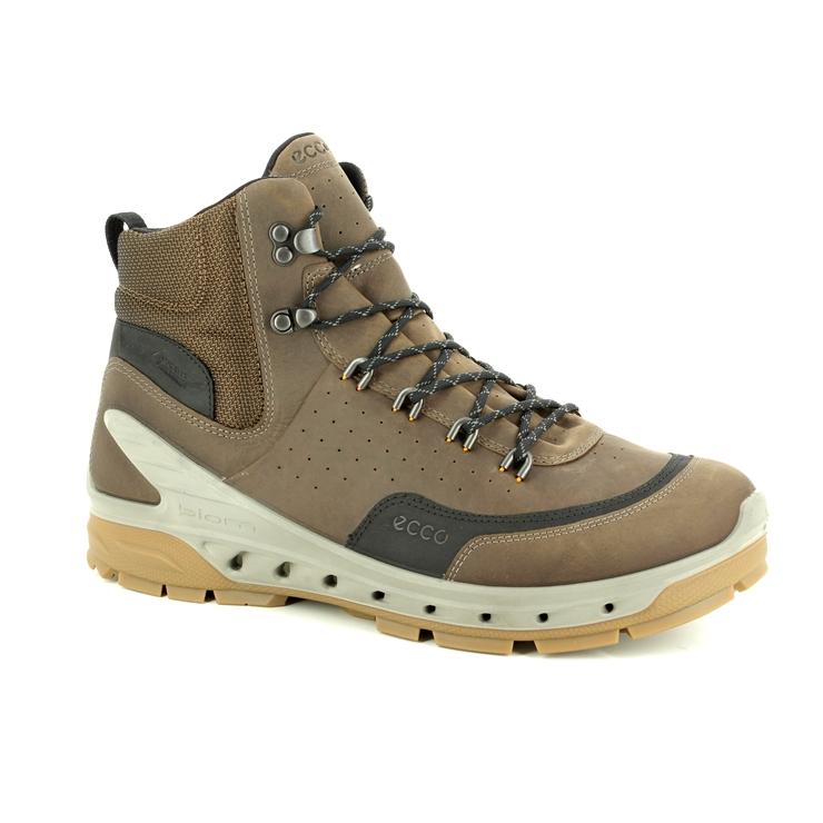 4b1340a841 854604/51742 Biom Venture Tr Gore-tex at Begg Shoes & Bags