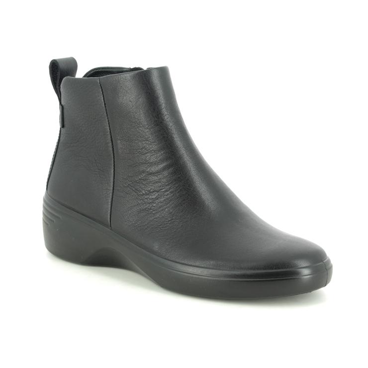 ECCO Soft 7 Wedge Boot 470933-51052