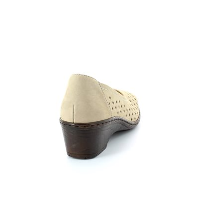 Ara Forlico 2251181-06 Beige lacing shoes