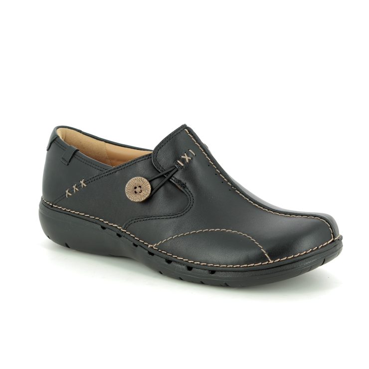 Clarks Un Loop D Fit Black comfort shoes