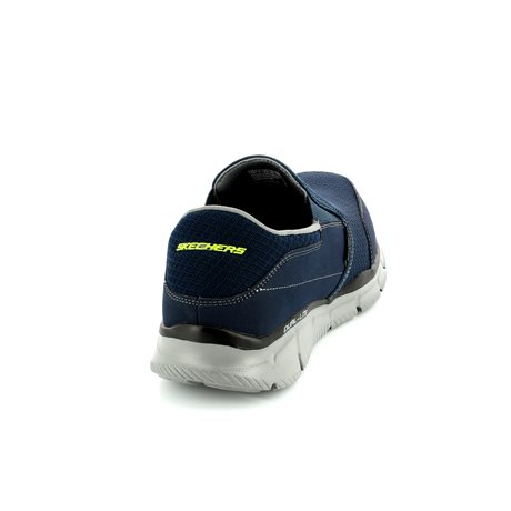 Skechers Persistent 51361 NVY Navy trainers