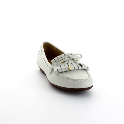 Ambition Antonita 2479-16 White loafers