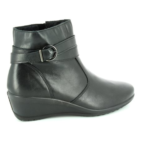 IMAC 62130-1400011 Black ankle boots