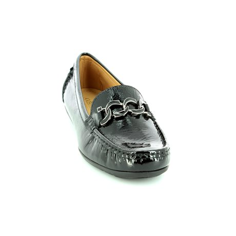 Ambition Bloom 29144-40 Black patent loafers