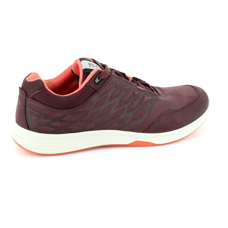 ECCO Exceed Lady Yak 870003-02070 Wine lacing shoes