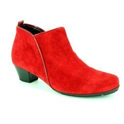 Gabor Boots - Short - Red suede - 55.633.35 TRUDY