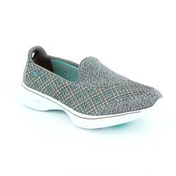 Skechers Trainers & Canvas - Grey - 14145/037 GO WALK 4