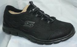 Skechers Trainers & Canvas - Black - 22774/007 SIMPLY SERENE