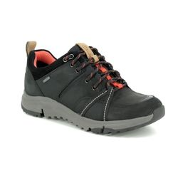 Clarks Walking Shoes - Black nubuck - 2690/94D TRI TREK GTX