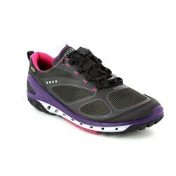 ECCO Walking Shoes - BKPU - 820703/50245 BIOM VENTURE LADIES GORE-TEX